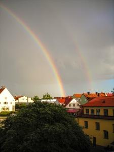 Regnbåge över Visby Östercentrum. Foto: Linda Dahlström